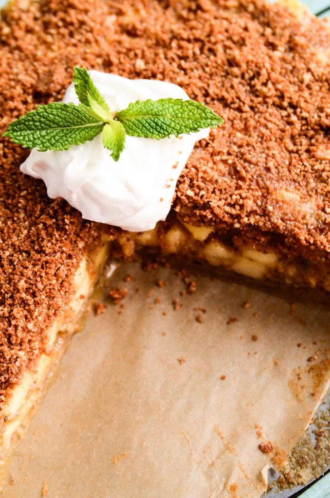 Raw Vegan Apple Pie Cinnamon-Pecan Streusel