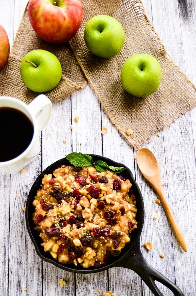 Raw Apple-Cinnamon Chia Breakfast Bowl