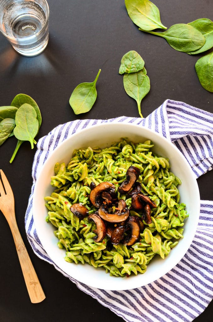 Lean Green Avocado-Spinach Pesto Pasta (vegan, gluten-free)
