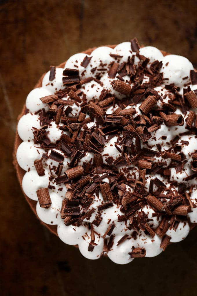 5-Ingredient No-Bake Vegan French Silk Pie